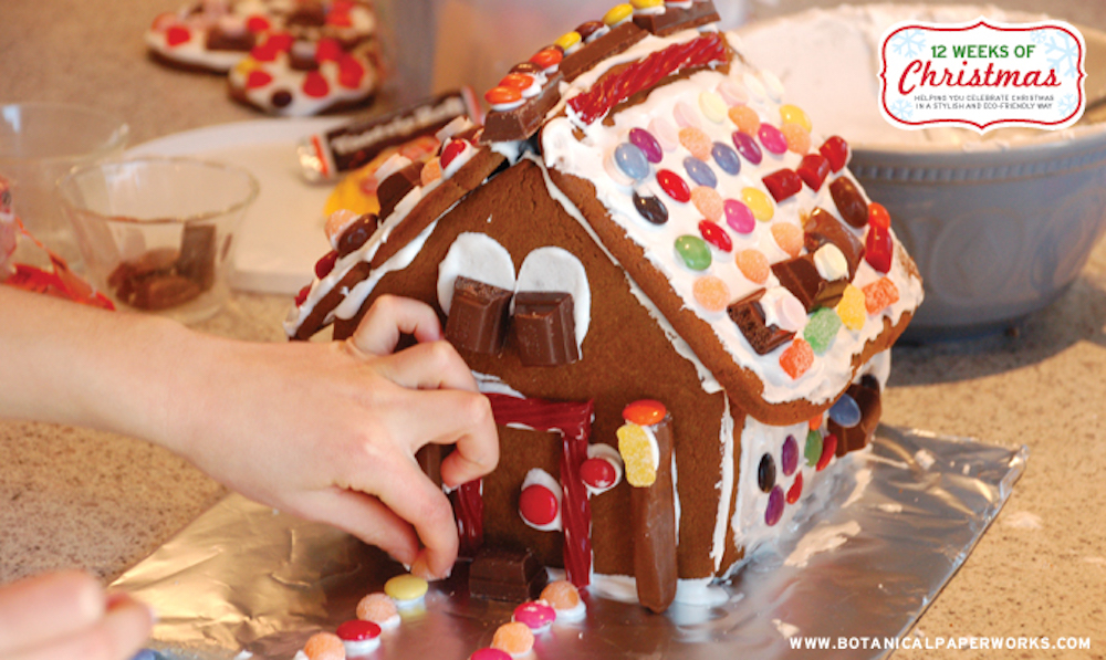 {free printables} Gingerbread House Template and a Delicious Recipe
