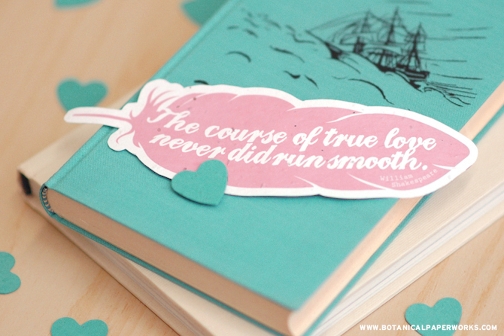 {free printable} Feather Quote Bookmarks