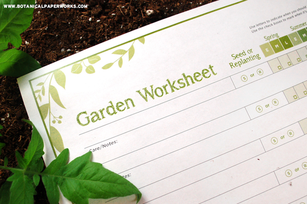 {free printable} Download this #FREE Garden Planning Worksheet to plan + organize your #garden! #ecofriendly