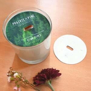 Add an eco-friendly touch to your candle packaging with these plantable seed paper candle dust covers.