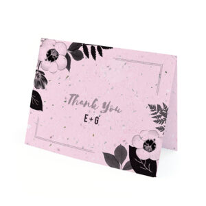 Elegant with a natural and organic feeling, these sophisticated Black & White Blooms Plantable Thank You Cards are a beautiful way to show gratitude without producing waste.