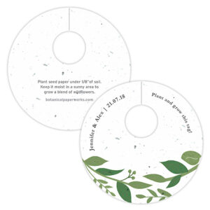 With elegant greenery details featured on eco-friendly seed paper, these Classic Greenery Plantable Wine Glass Tags will add natural details to your tablescapes.