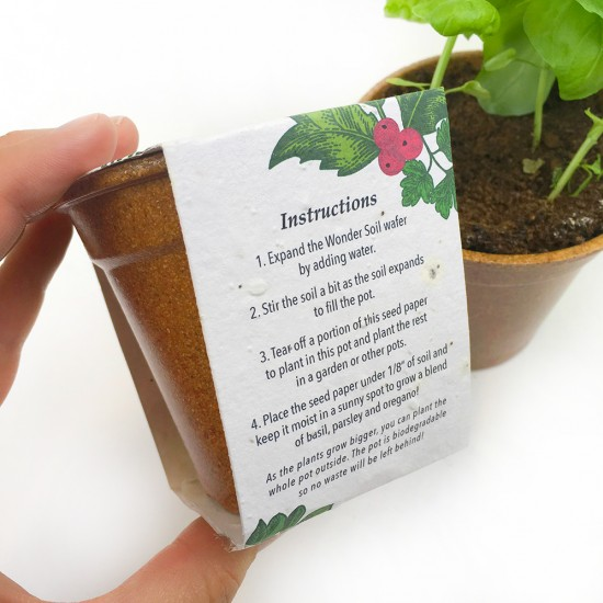 Give a festive corporate gift that grows a blend of herbs with this biodegradable seed paper grow kit!