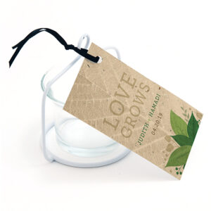 Love grows and so will your wedding favors with these earth-friendly Lush Greenery Plantable Favor Tags.