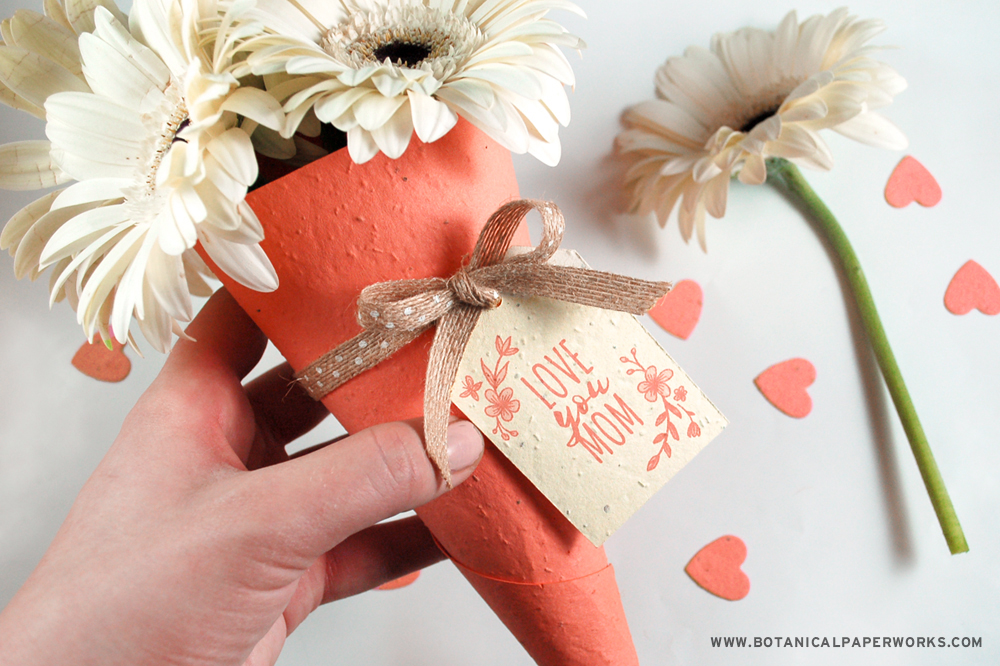 Plantable Bouquet Holders With Free Printable Tags For Mother's Day