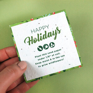 Dress up and protect gift cards with these Plantable Holiday Petal Gift Card Holders that open up like a blooming flower and grow real flowers!