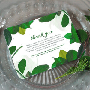 These Nature Lovers Plantable Wedding Favors are the perfect option for your eco-friendly wedding.
