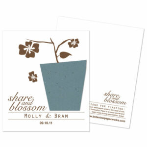 These Share & Blossom Plantable Wedding Favors are modern and eco-friendly!
