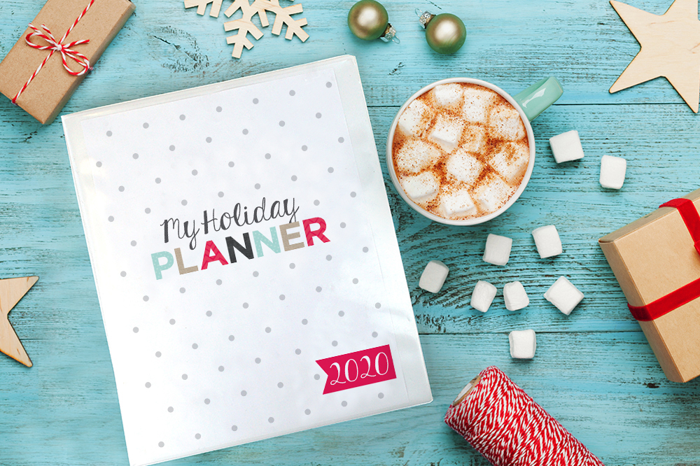 10 beautifully designed #free #printables to create your own Ultimate Holiday Planning Binder.