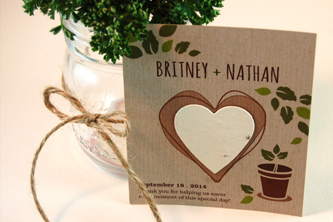 Whether they choose local food for their catering, opt for seasonal flowers or choose #seedpaper wedding favors like these ones, natural and #ecofriendly details are definitely on the rise for #weddings in 2016.