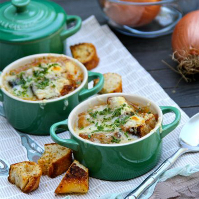 If your #wedding takes place on a cool #fall day, we love the idea of serving guests a hearty bowl of #soup during dinner.