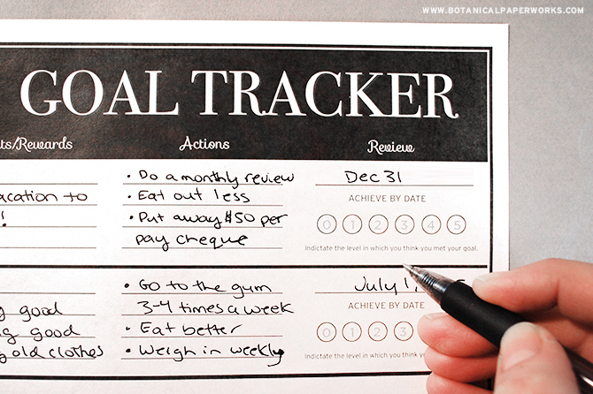 Available in the trendy chalkboard-style design, this FREE Goal Tracker Printable will help you reach your goals in a smart, stylish and organized way.