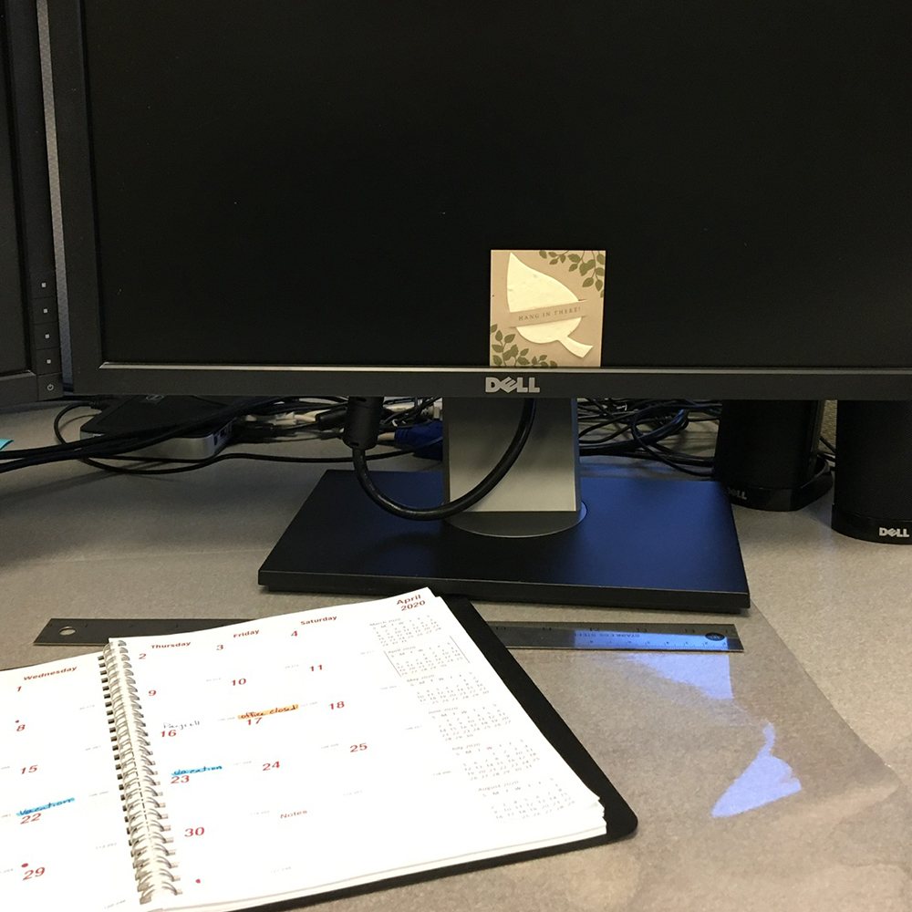 Wanda showed her support by leaving plantable cards with an uplifting message on the desk of coworkers.
