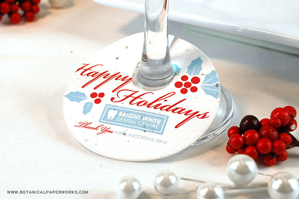 Perfect for holiday parties and events, these Seed Paper Wine Glass Tags are a unique and clever way to advertise your business while helping attendee's keep tabs on their drinks.
