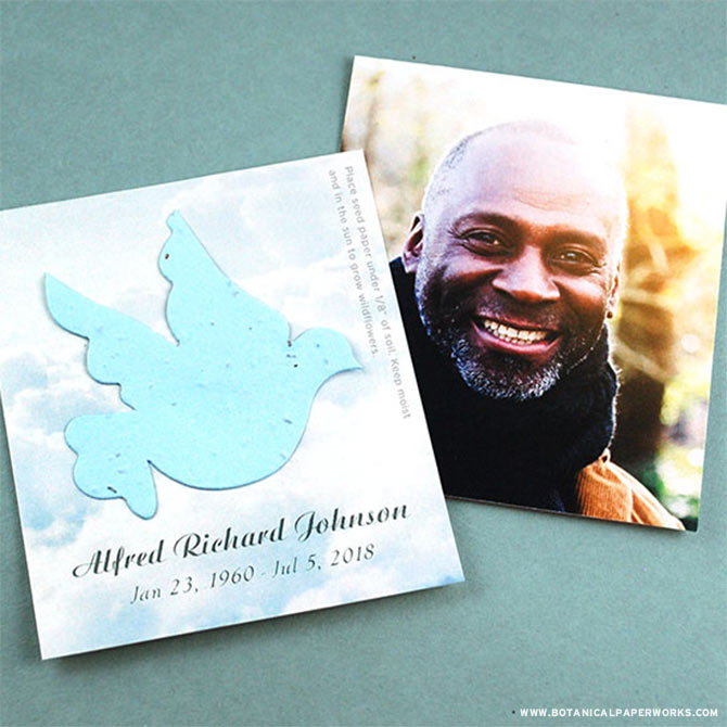 A picture is worth a thousand words and with these thoughtful Photo Memorial Cards, you'll be able to give loved ones a photographic keepsake along with piece of seed paper that grows wildflowers.