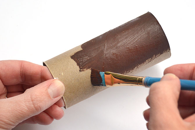 Follow these steps to make back-to-school Nature-themed Pen Holders!
