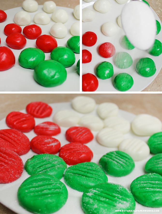With a little sprinkle of sugar, these Peppermint Patties become the most adorable gift ideas!