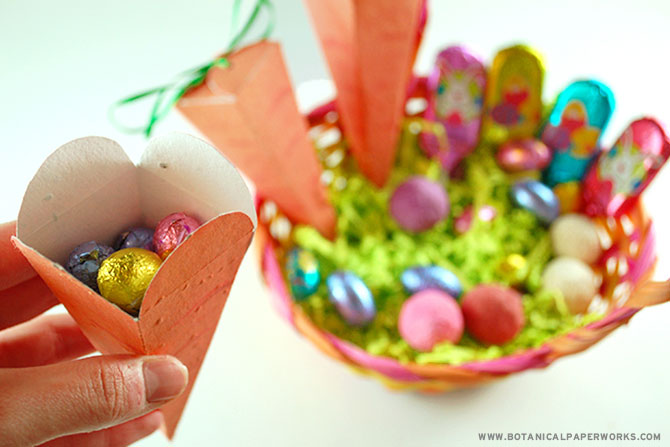 Whether you fill the carrot shapes with chocolates, jelly beans or even small toys, this project is a unique and incredibly creative way to give a special bundle of goodies to loved ones on #Easter.