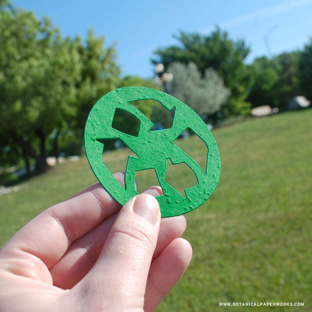 Learn more about this plantable recycling symbol shape for eco panel cards, flat card giveaways and greeting cards!