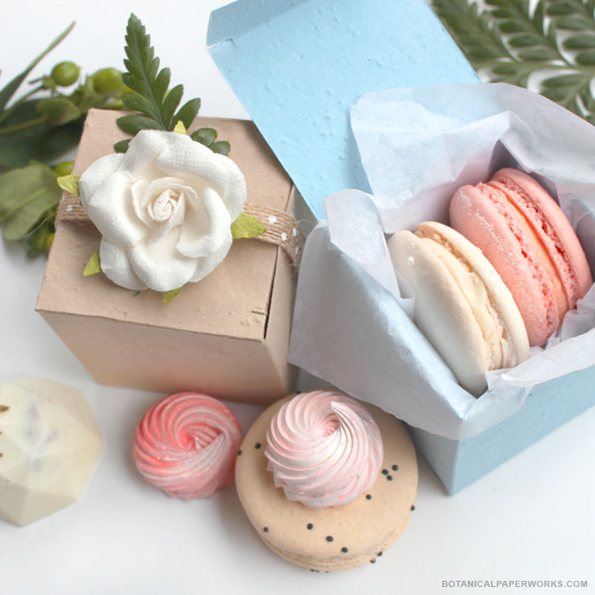 Sweet and simple, these Cube Seed Paper #WeddingFavorBoxes are the perfect way to get loved ones excited about their special favors. No matter what you place inside the easy-to-assemble boxes, your guests will love knowing that the packaging won't create additional paper waste.