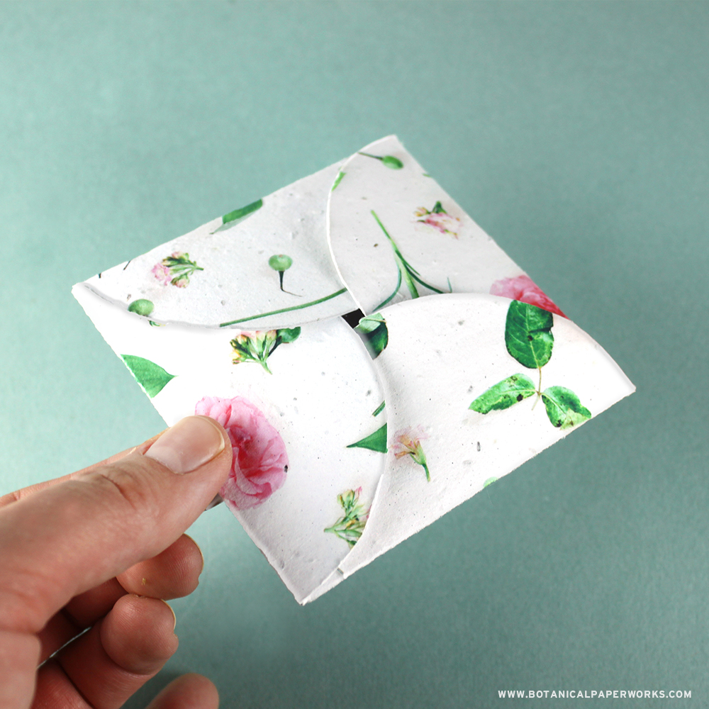 Seed Paper Petal Cards are great for adding small gifts such as key chains and are perfectly sized to use as gift card holders.