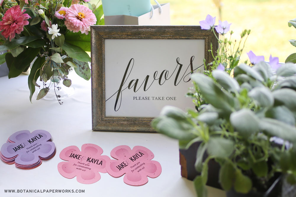 Zero-waste wedding favors such as pretty gifts of plantable seed paper are a great way to thank your guest while cutting back on the waste produced by your wedding.